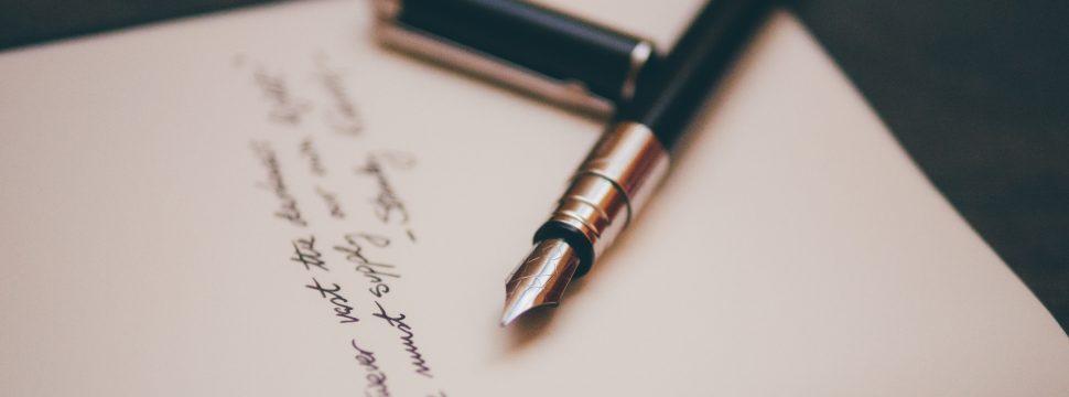万年筆とサイン